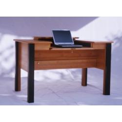 Schreibtisch mit farbigen...