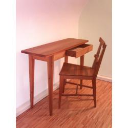 Stuhl und Dielentisch in Ulme