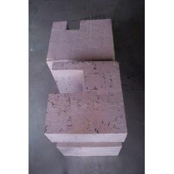 Tisch in Keramik
